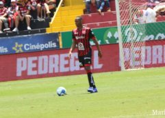 Júnior Díaz será el as bajo la manga de Andrés Carevic ante Herediano